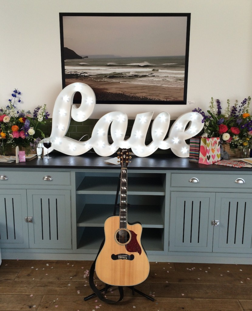 Image: Wedding Guitarist and Singer Cornwall