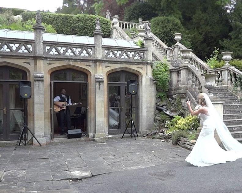 image: wedding guitarist